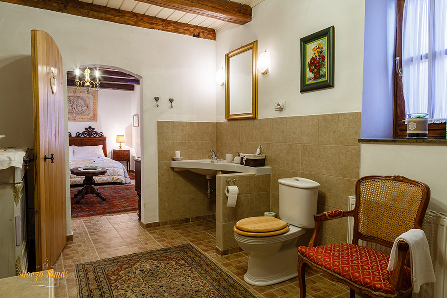 Traditional Room fürdőszoba 3