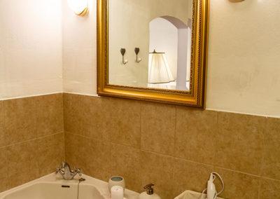 Traditional Room fürdőszoba 4