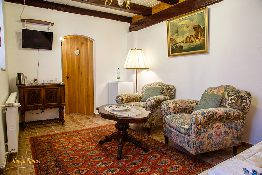 Traditional Room 3